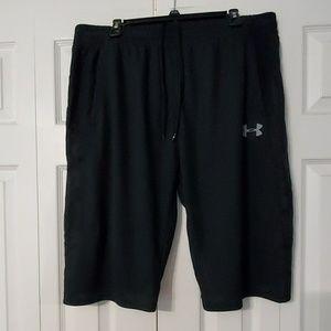 Under Armour Men Long Shorts. Sz. XXL.